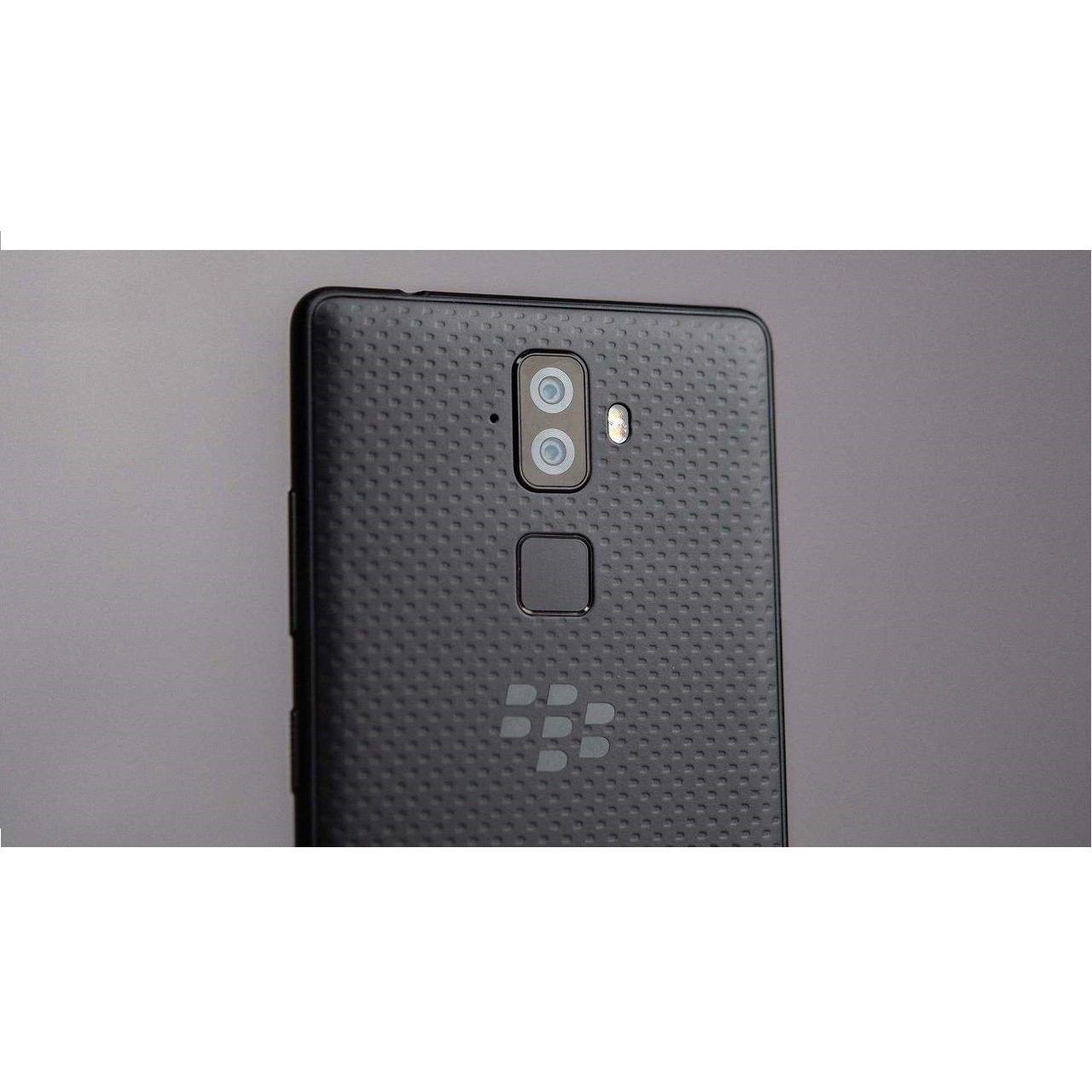گوشی موبایل بلک بری مدل Evolve